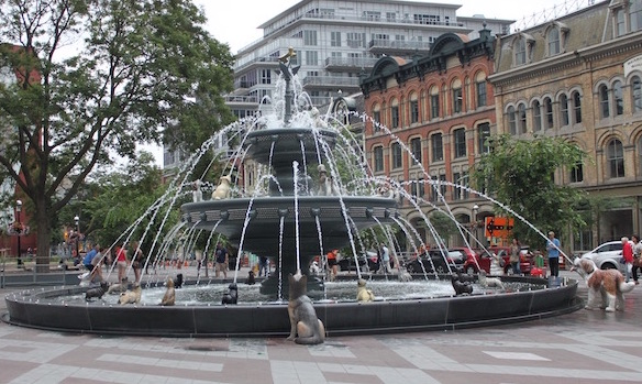 Berczy Fountain